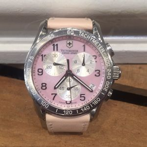 Victorinox Swiss Army ChronClassic Mother of Pearl